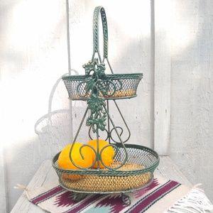 Metal Two-tiered fruit basket kitchen basket